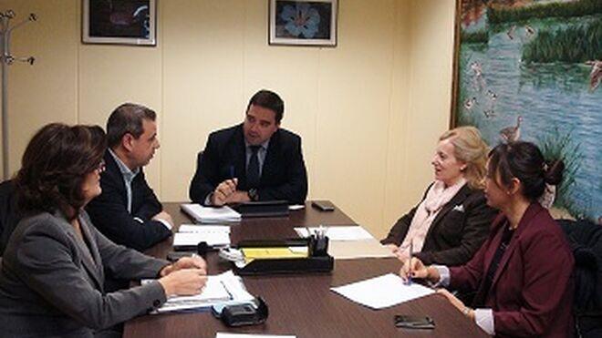 Cecam y el Gobierno de Castilla-La Mancha combatirán a los ilegales