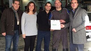 El taller Morales García, ganador de la promoción 'Una lluvia de regalos'