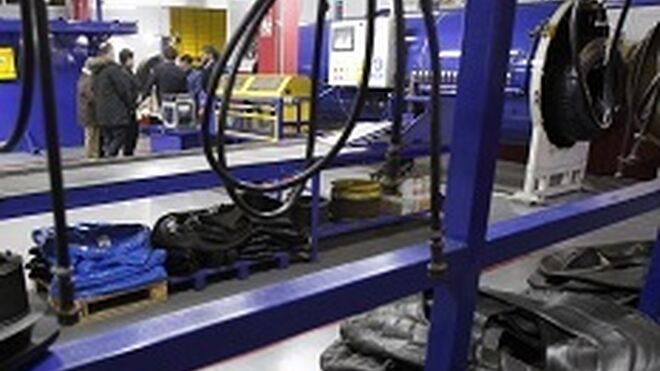 Grupo Salco estrena planta de recauchutado de camión
