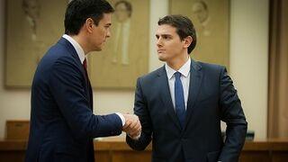 El pacto PSOE-Ciudadanos prevé la supresión del impuesto de matriculación