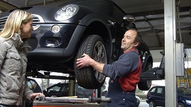 Lanzan un servicio de ITV para conductores con el taller como socio