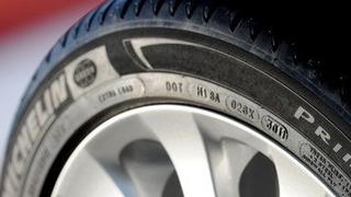 Comprobar el año de fabricación de un neumático evita estafas