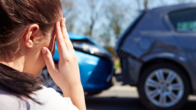 Rellenar un parte de accidente, un dolor de cabeza para una de cada cuatro mujeres