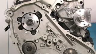 Montaje de culata en un motor Nissan YD25 de 2.5 l diésel