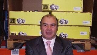 Ancera concede la insignia de oro a Carlos Sanrigoberto