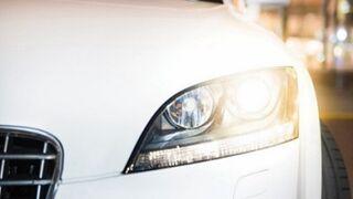 Philips defiende el cambio de lámparas por parejas