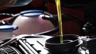 Los gestores aseguran que no quieren manipular al taller en la 'guerra' del aceite