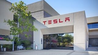 Tesla podría fabricar en Valencia sus eléctricos para Europa