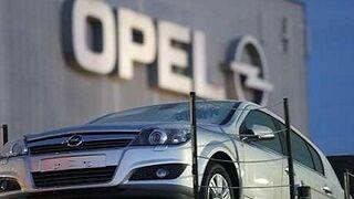 Denuncian que Opel también manipuló las emisiones de sus coches