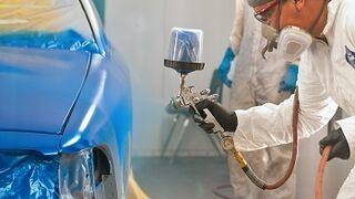 El coste medio de pintar un coche es de 1.372 euros en España