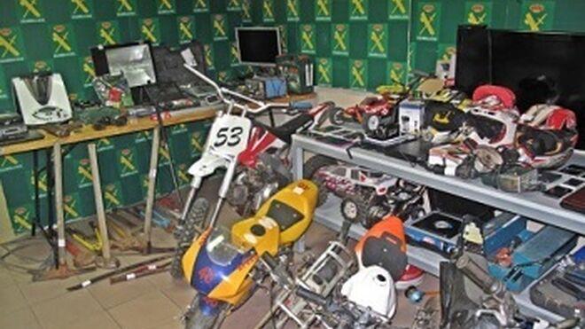 Cae una banda que robaba en talleres de Extremadura