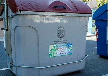 Multa de hasta 60.000 € a un taller por tirar residuos a la basura