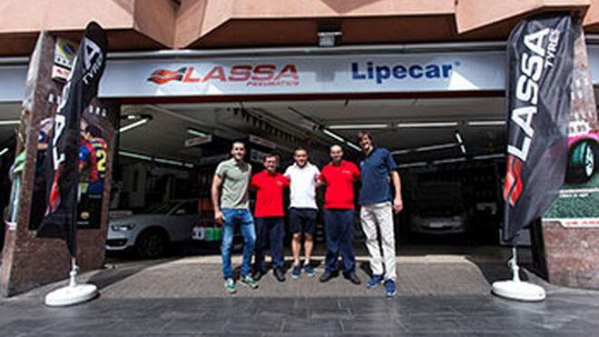 Jugadores del Barcelona Lassa visitan el taller insignia de Lassa Center