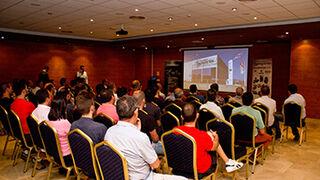 Recambios Segorbe y Hella muestran los últimos avances de la marca a talleres de Teruel
