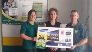 La campaña 'Rasca y Gana' de Talleres DP entrega su primera Smart TV