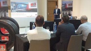 Uniroyal se reúne con sus distribuidores de su gama para camión