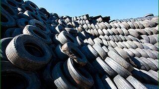 Casi 2,5 millones de NFU incumplen la ley medioambiental