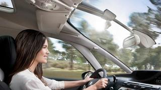 Los europeos pasan una media de 4 años y un mes de su vida en el coche