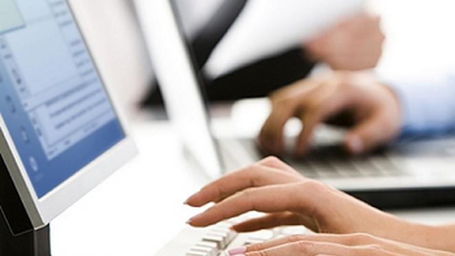 Los clientes buscan talleres por internet a primera hora de la mañana