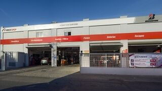 Neumáticos Quintana, nuevo taller First Stop