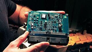 Cómo funciona la UCE, unidad de control de motor (parte 1)