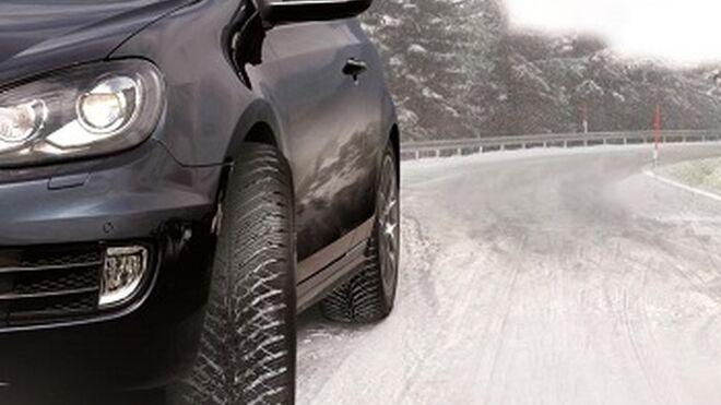 Aconsejan neumáticos invernales o 'todo tiempo' con bajas temperaturas