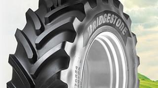 Bridgestone renueva su red de talleres para el vehículo agrícola