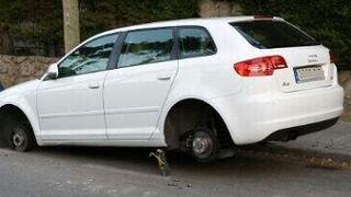 A juicio una pareja que robaba neumáticos en la calle y en talleres