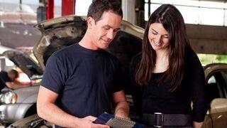 SPG recuerda que los talleres deben contar con un personal que ayude a los clientes.