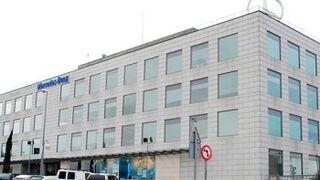 Los trabajadores del almacén de recambios de Mercedes-Benz irán a la huelga