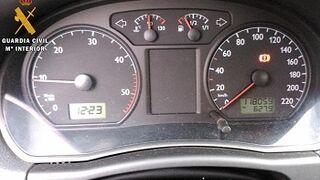 Investigados por manipular los cuentakilómetros de 28 coches