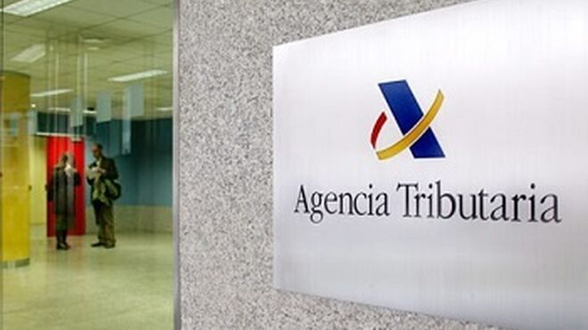 La AEAT permite aplazar deudas menores de 30.000 € a los autónomos