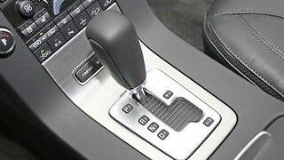 Cómo cambiar el aceite ATF de una caja de cambios automática