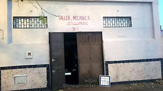 Precintado un taller en Sevilla por dar servicio sin licencia