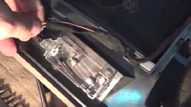 Cómo cambiar la resistencia del ventilador de calefacción en un BMW E 46