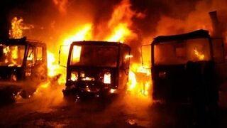 Un incendio calcina cinco camiones en un concesionario de Burgos