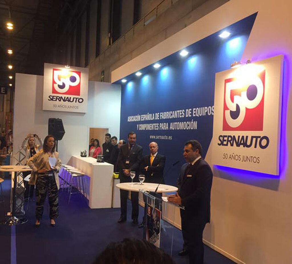 Sernauto, de la mano de Benito Tesier, firmó un acuerdo con la DGT.