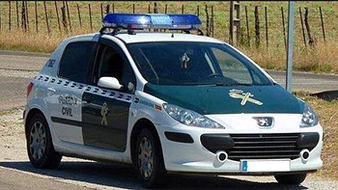 Denuncian irregularidades en reparación de coches de la Guardia Civil