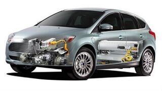 Pros y contras de los vehículos híbridos y eléctricos