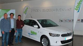 Valeo entrega el vehículo de cortesía sorteado en Motortec