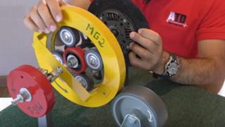 Cómo funciona el transeje de Toyota híbrido