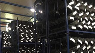 Petroneu abre su 2º almacén de neumáticos en Pontevedra