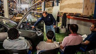 Recambios Ochoa y Serca forman a los profesionales del taller