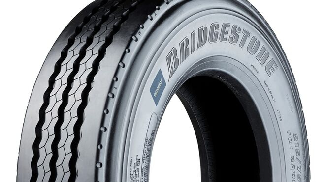 Bandag presenta tres nuevos neumáticos recauchutados para flotas