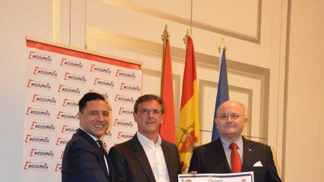Aurgi recibe la Estrella de Oro por la Excelencia Profesional