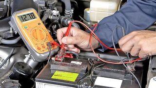 Cómo arreglar una batería que se queda descargada