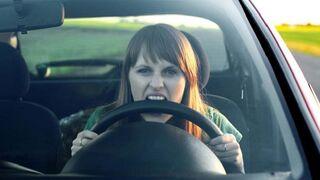 Norauto señala comportamientos en la conducción que pueden provocar daños en el coche
