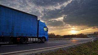 Scania es sancionada por Bruselas por el caso del 'Cártel de los camiones'
