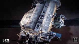 Una animación muestra cómo desmontar el motor de un Mazda MX-5 NB