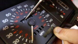 Detienen a 38 personas por alterar los cuentakilómetros de 156 vehículos